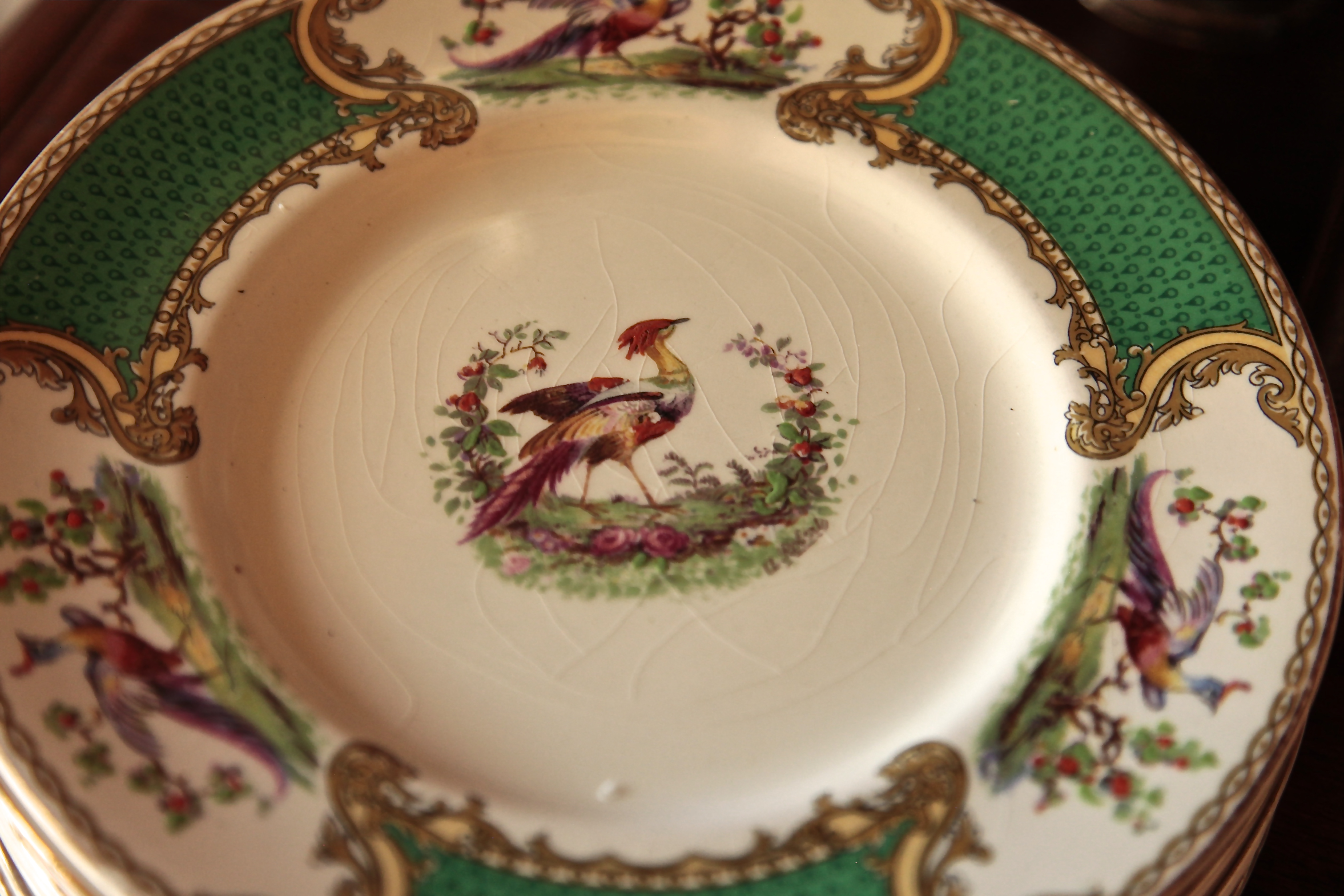To add to the feeling of playfulness, I mixed several different types of china and table linens.