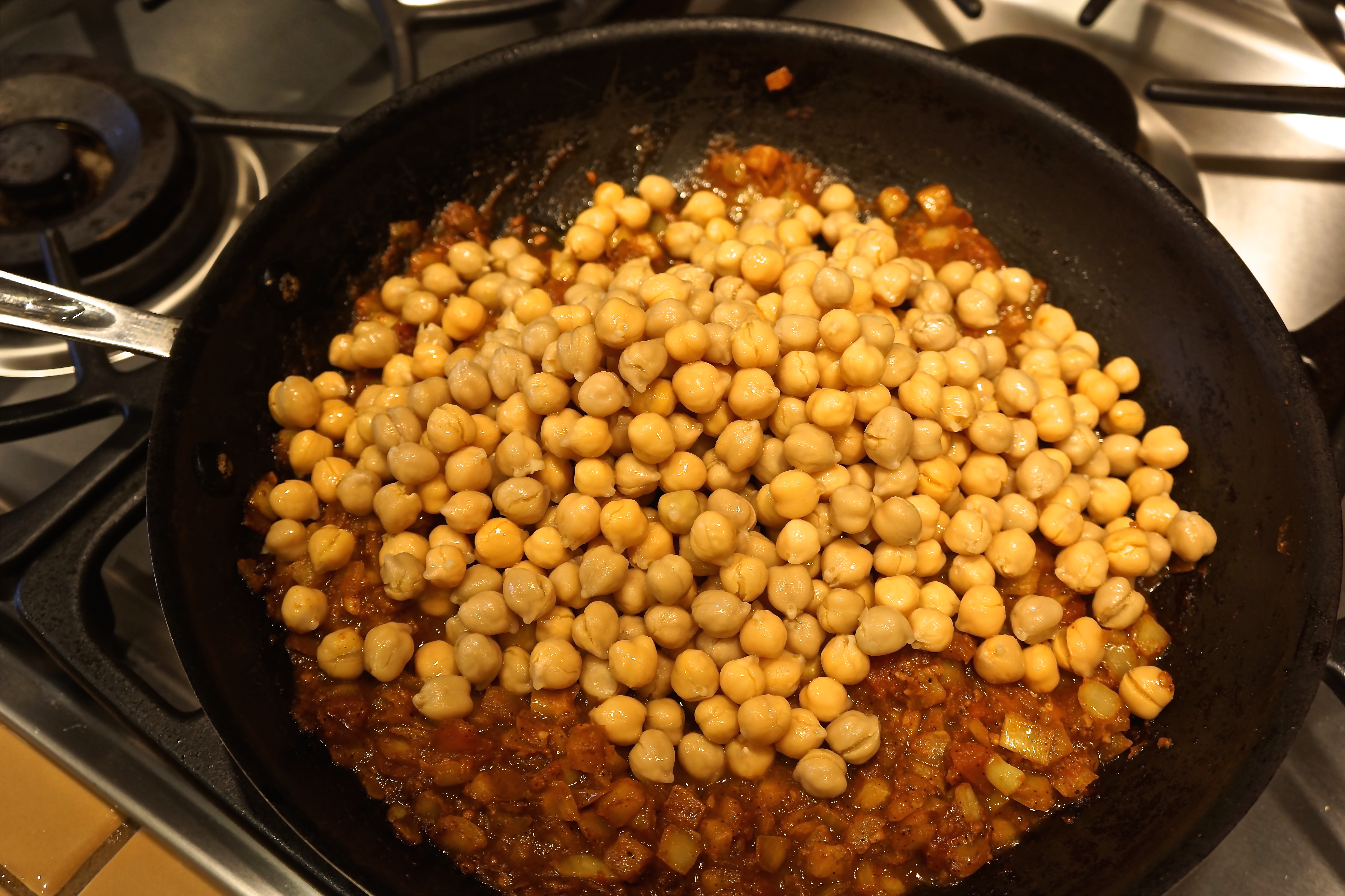 Add garbanzo beans and mix until thoroughly combined.
